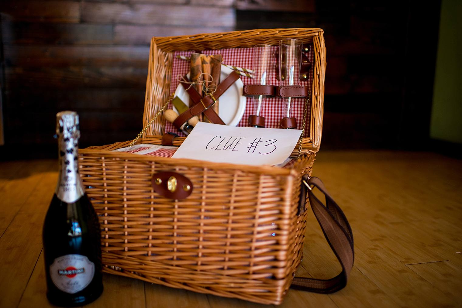 romantic picnic basket for proposal