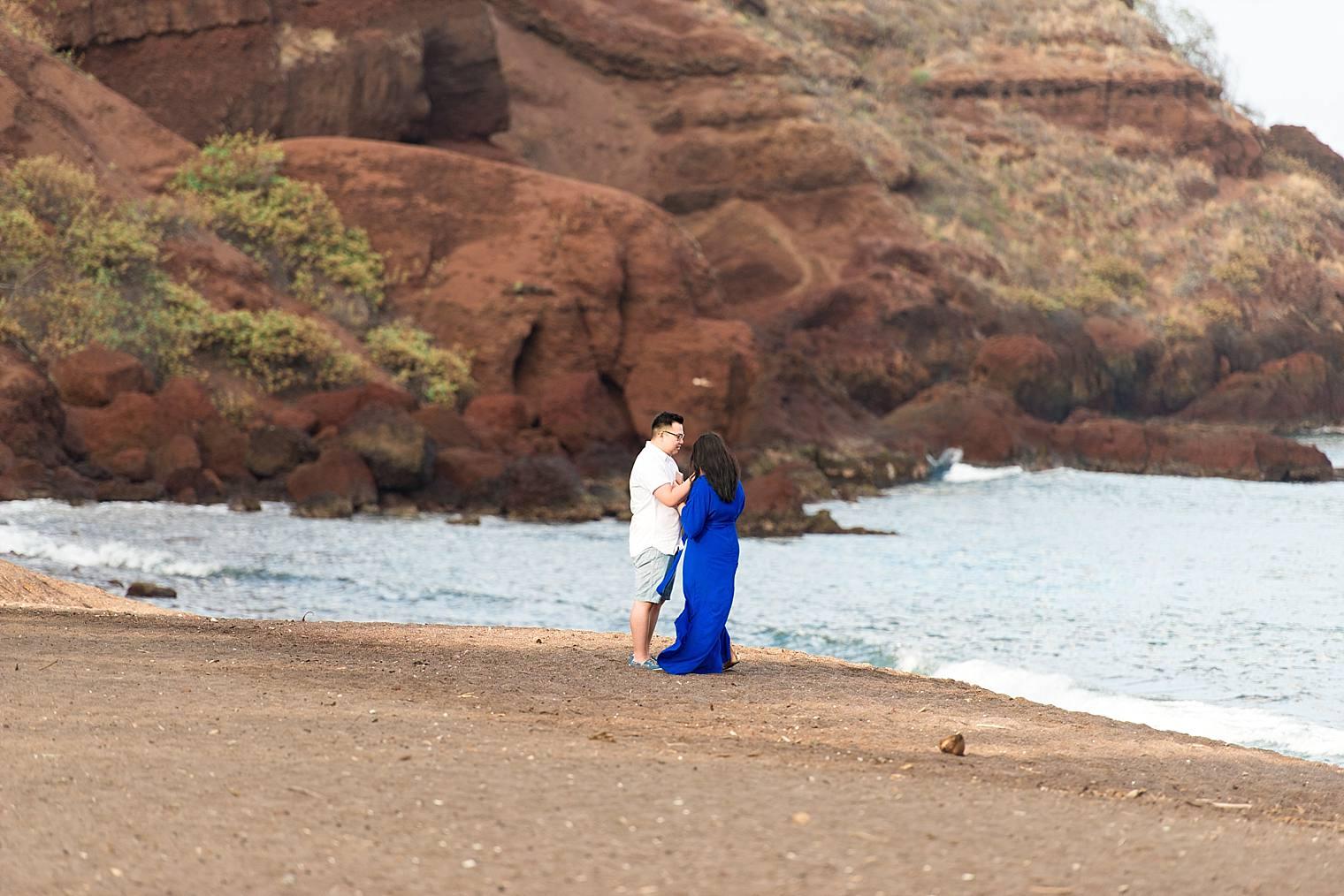Maui Surprise Proposal Photographer - Black Sand Beach_0005