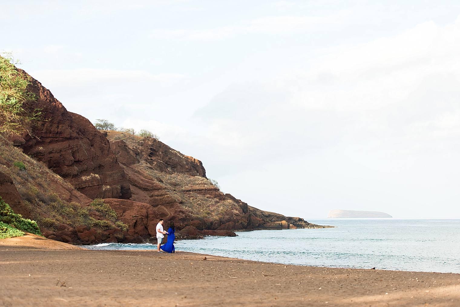 Maui Surprise Proposal Photographer - Black Sand Beach_0006