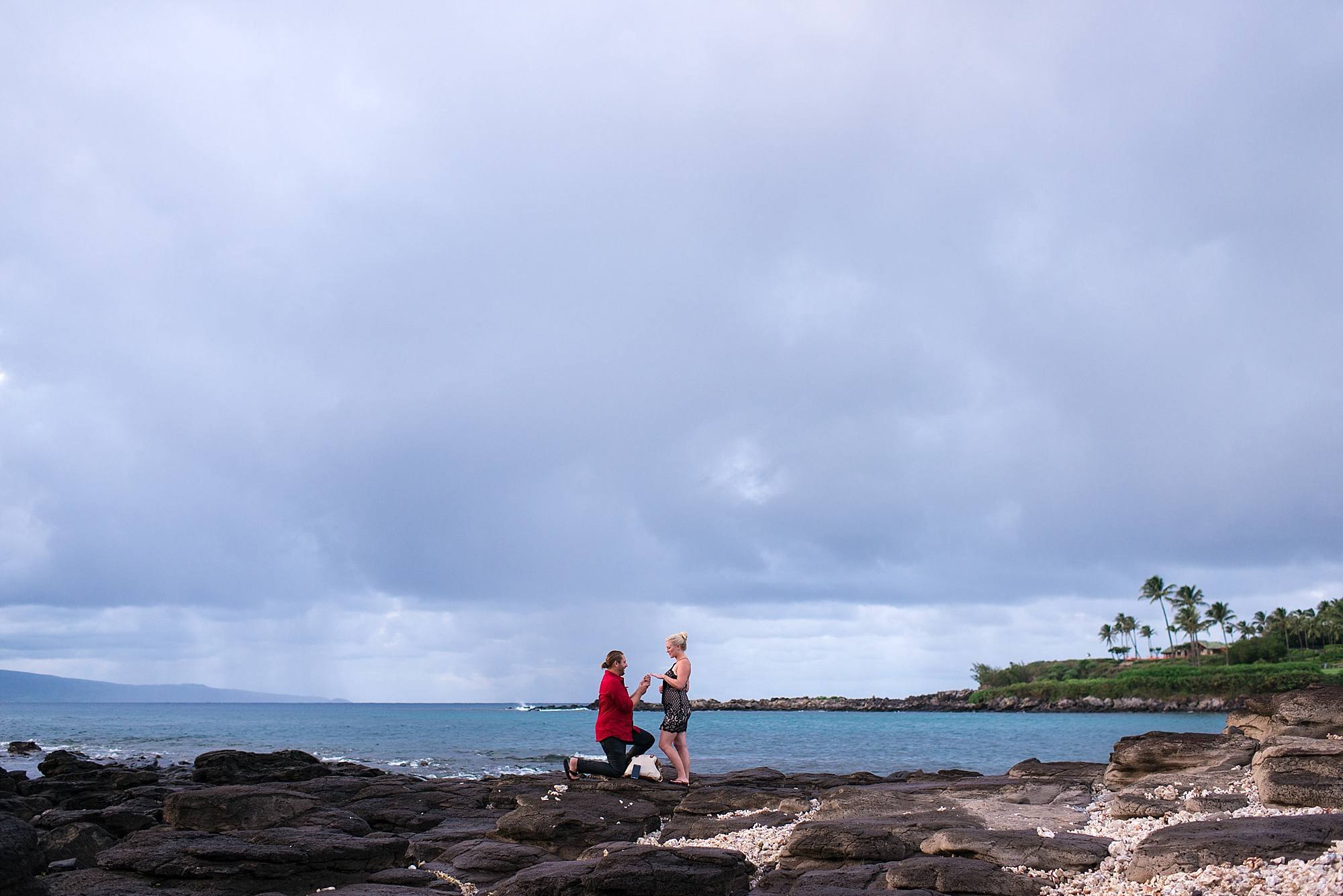 wedding proposal at merriman's in maui