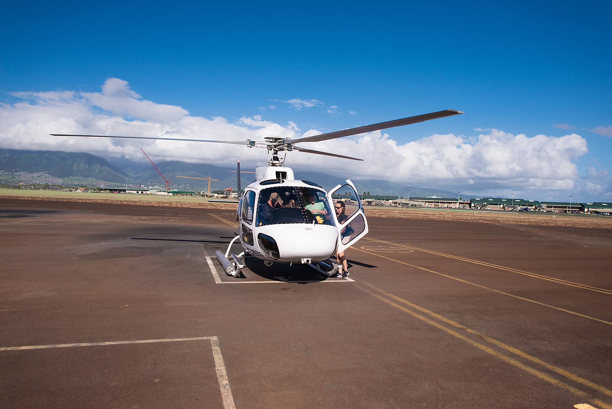 private-helicopter-proposal-in-west-maui-and-molokai_0039