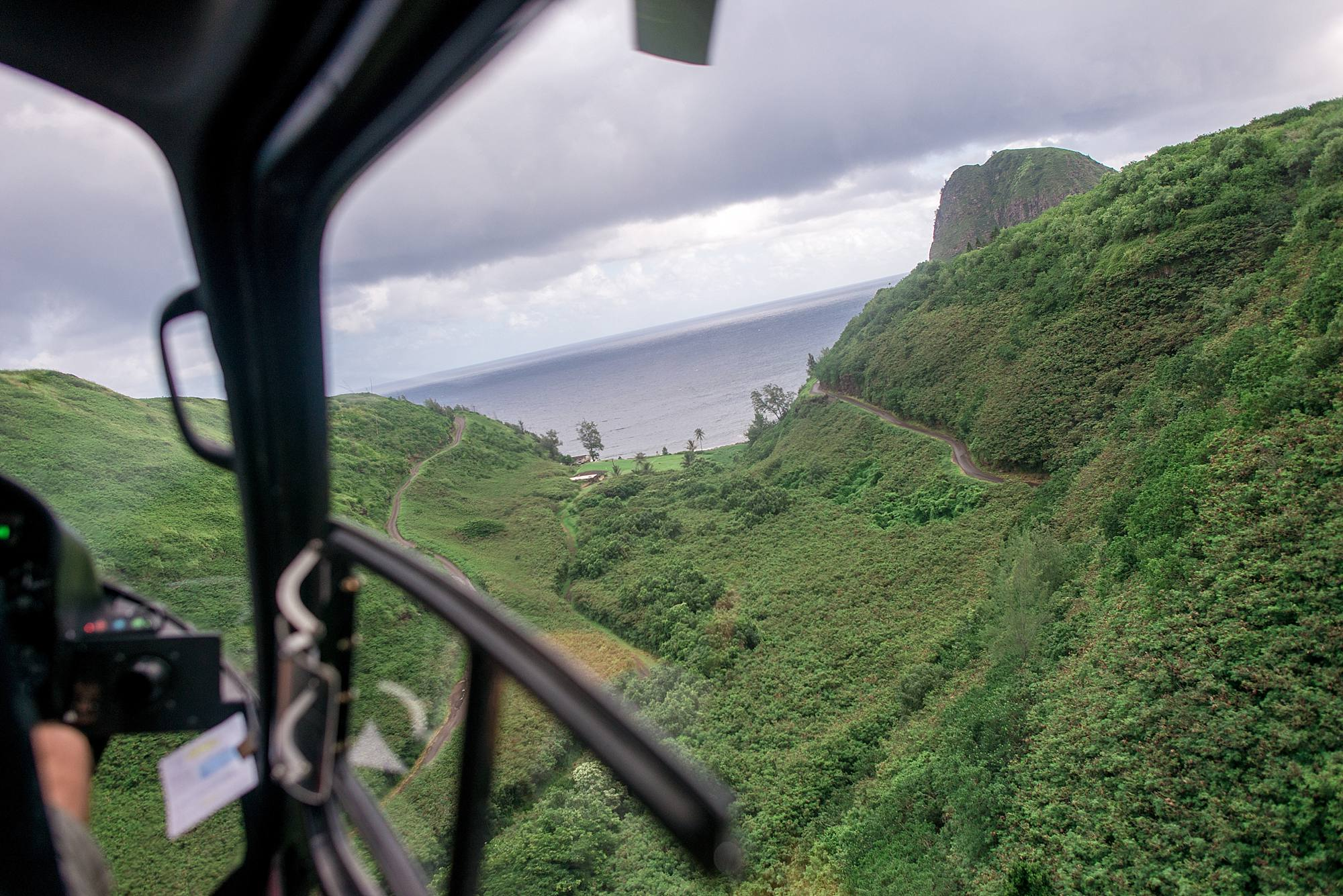 private-helicopter-proposal-in-west-maui-and-molokai_0046