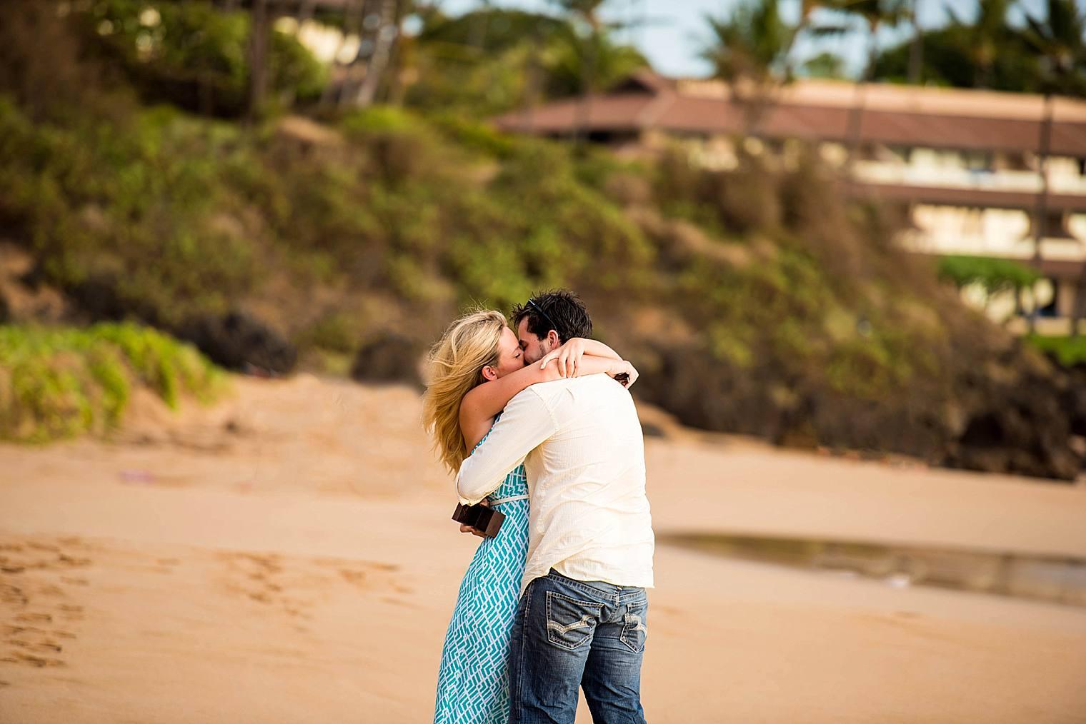 Surprise Picnic Proposal in Maui_0012