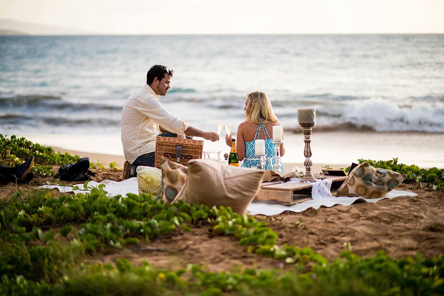 Surprise Picnic Proposal in Maui_0016