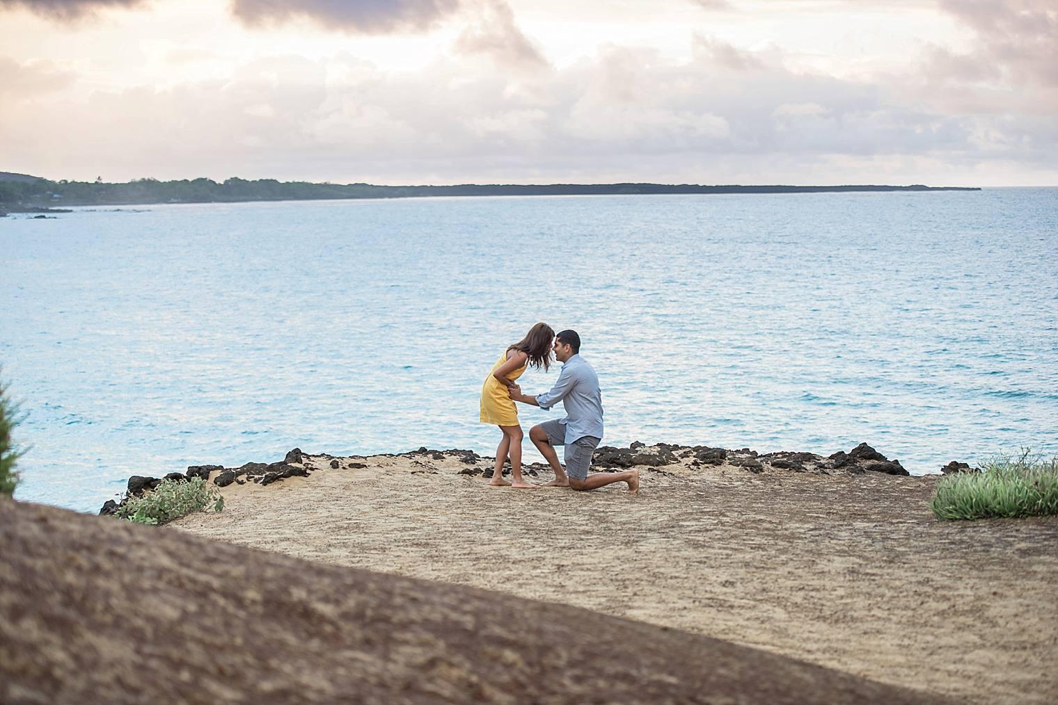 cliffside sunrise proposal in Maui_0007