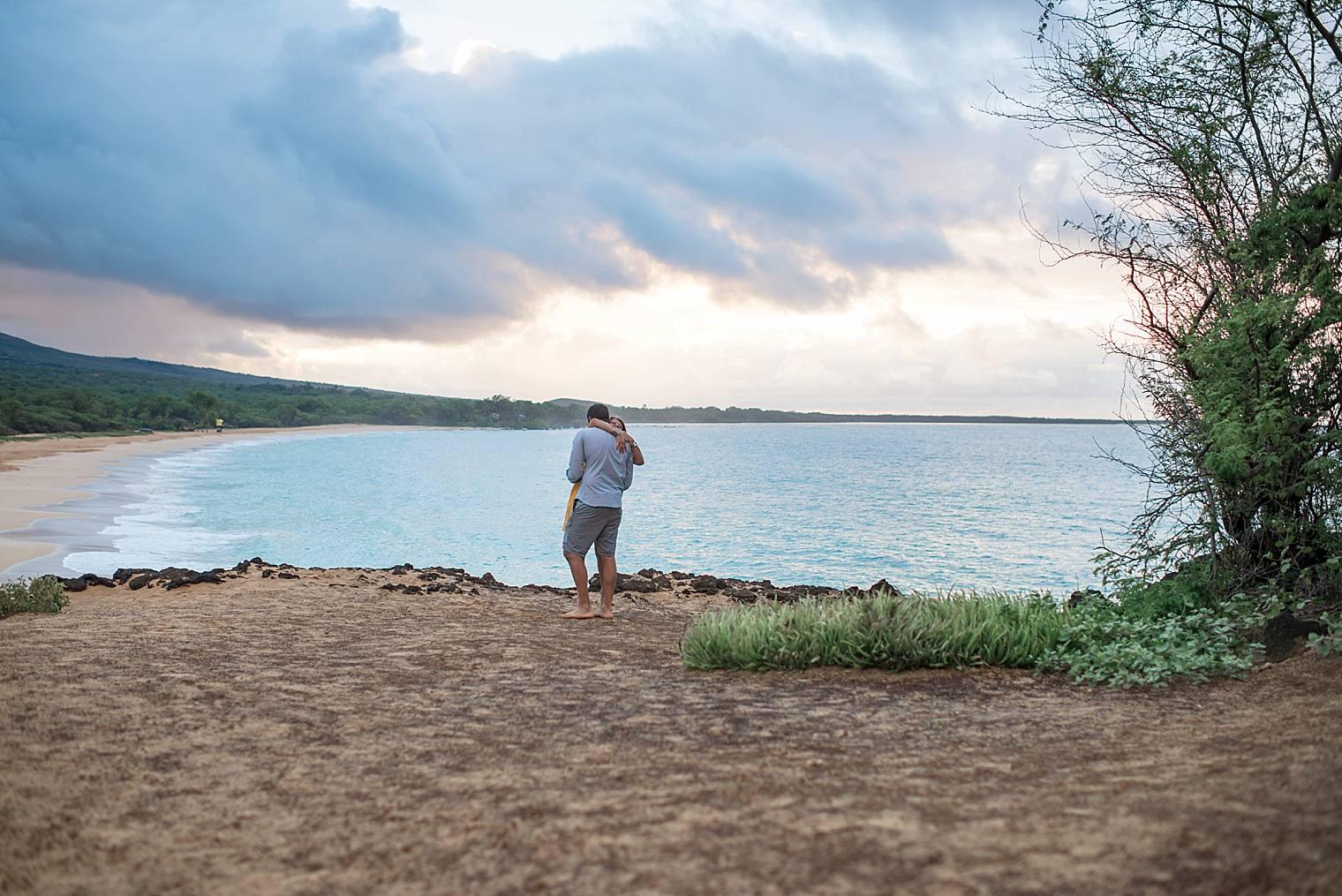 cliffside sunrise proposal in Maui_0008