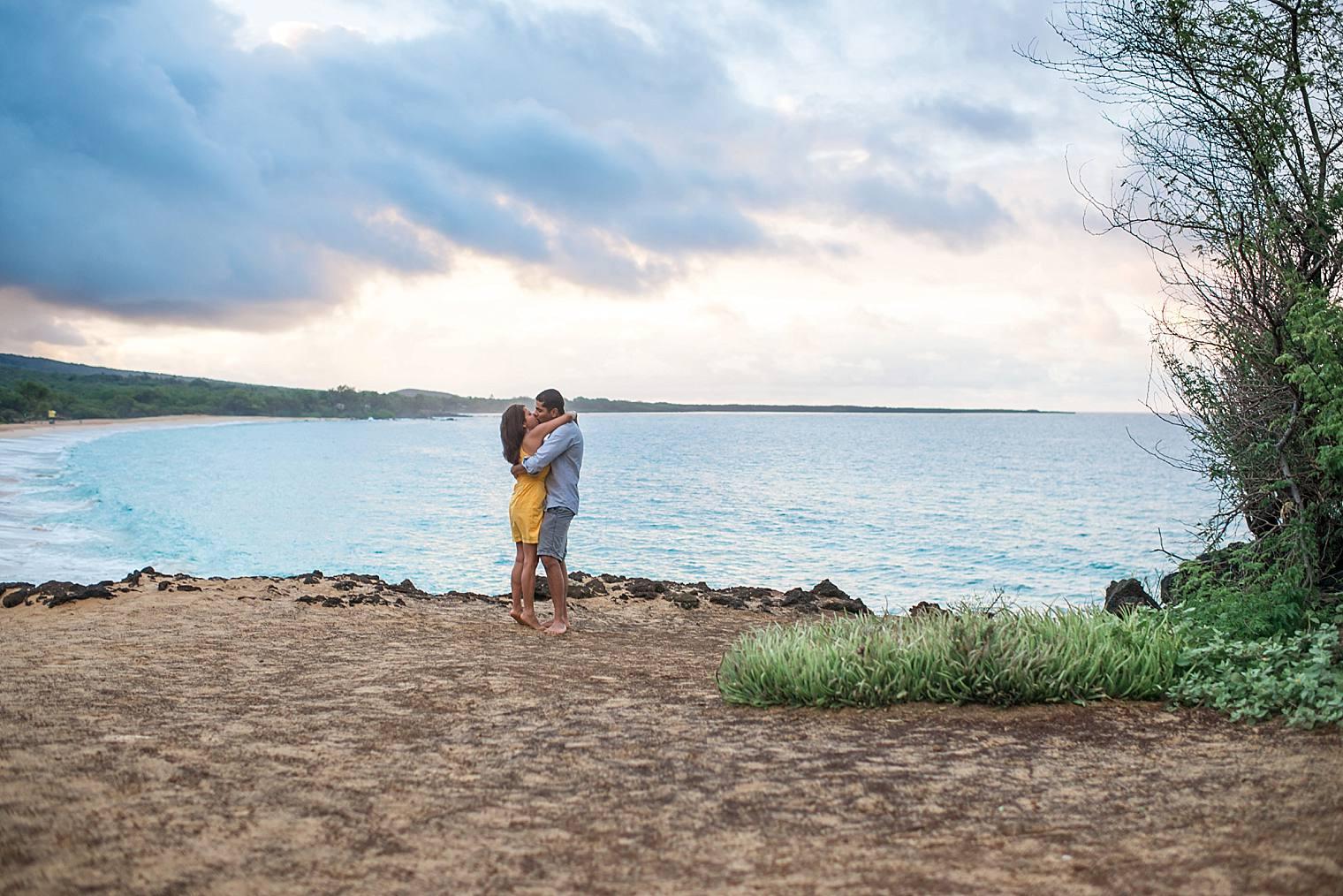 cliffside sunrise proposal in Maui_0009
