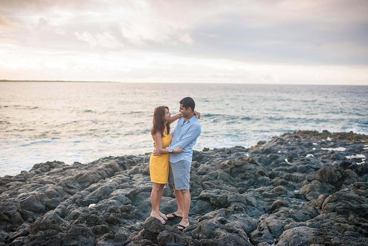 cliffside sunrise proposal in Maui_0014
