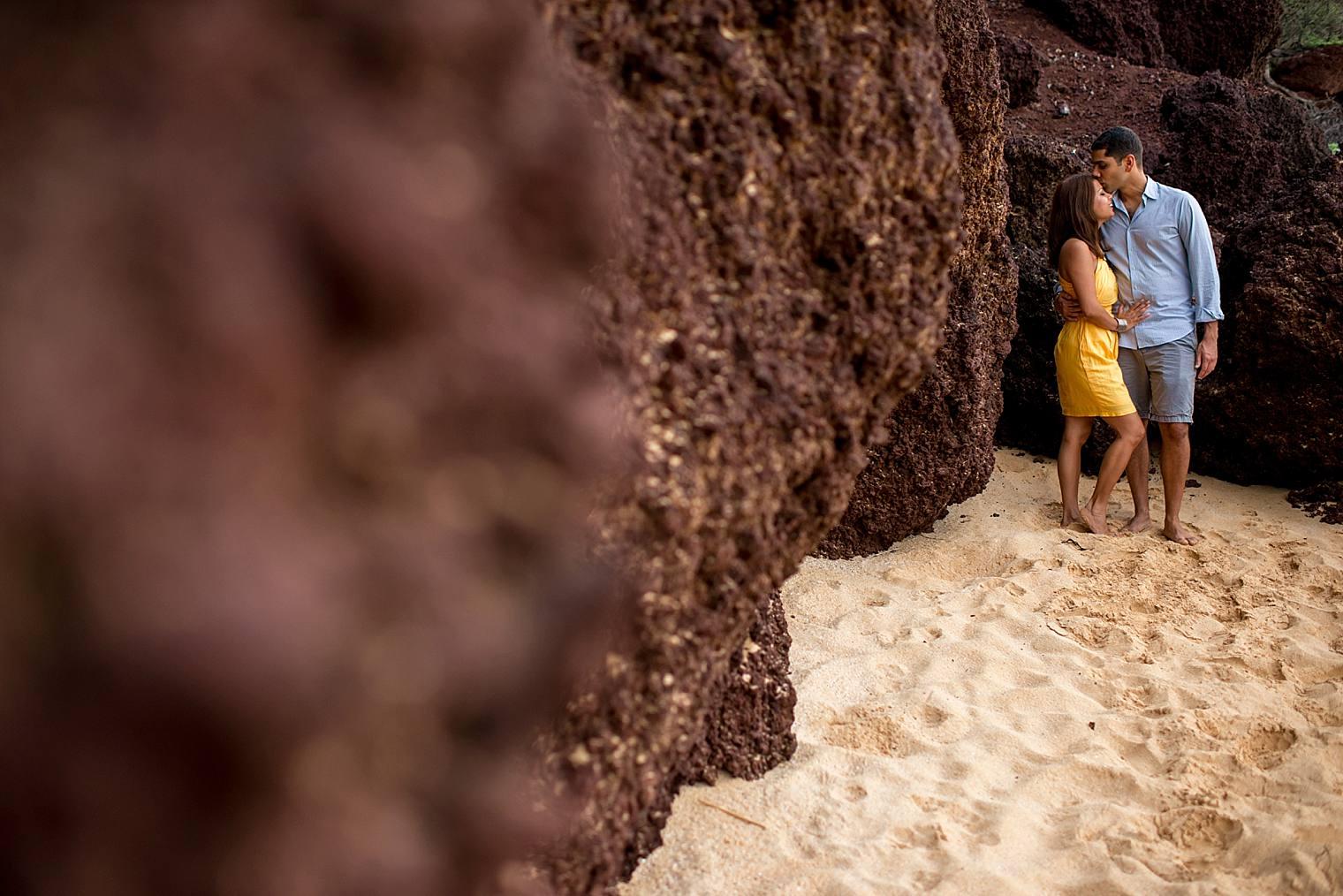 cliffside sunrise proposal in Maui_0020