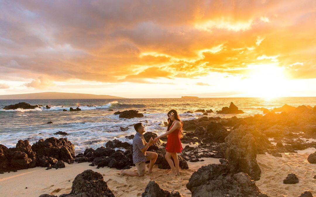 Stunning Sunset Proposal in Wailea   Robert + Alexis