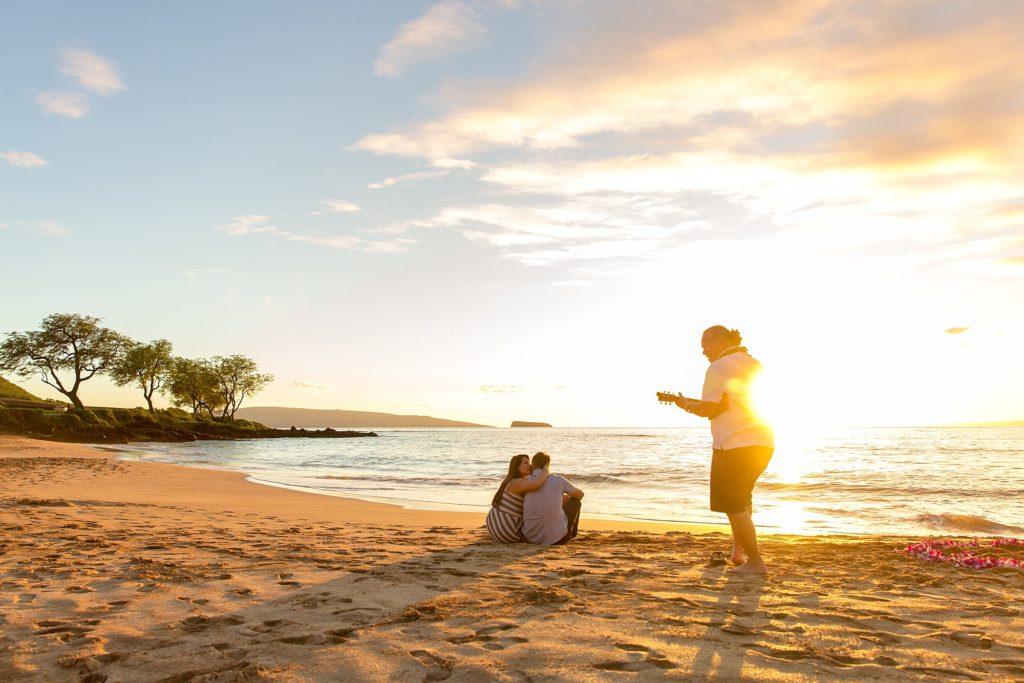 Private ukulele concert after Maui proposal
