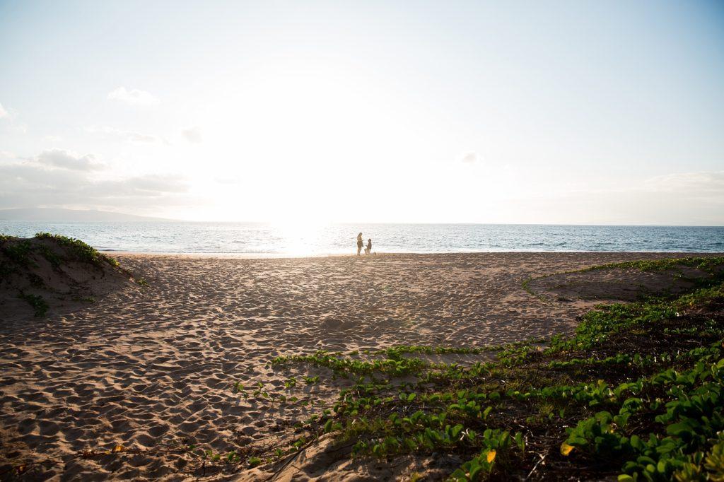 Beach proposal in Maui