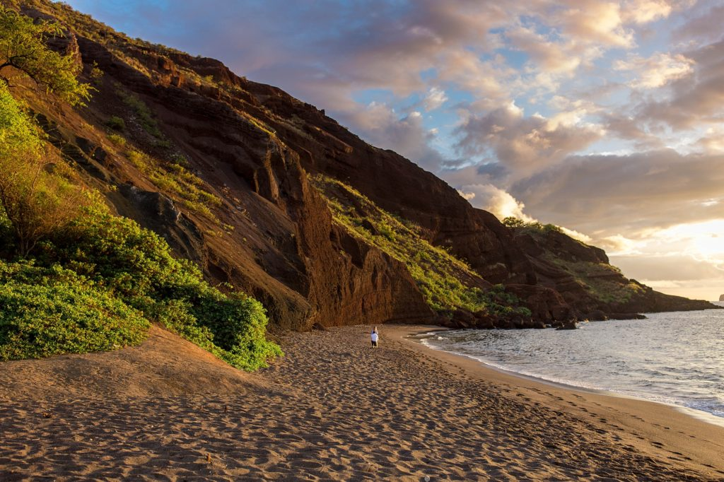 Beach proposal in South Maui