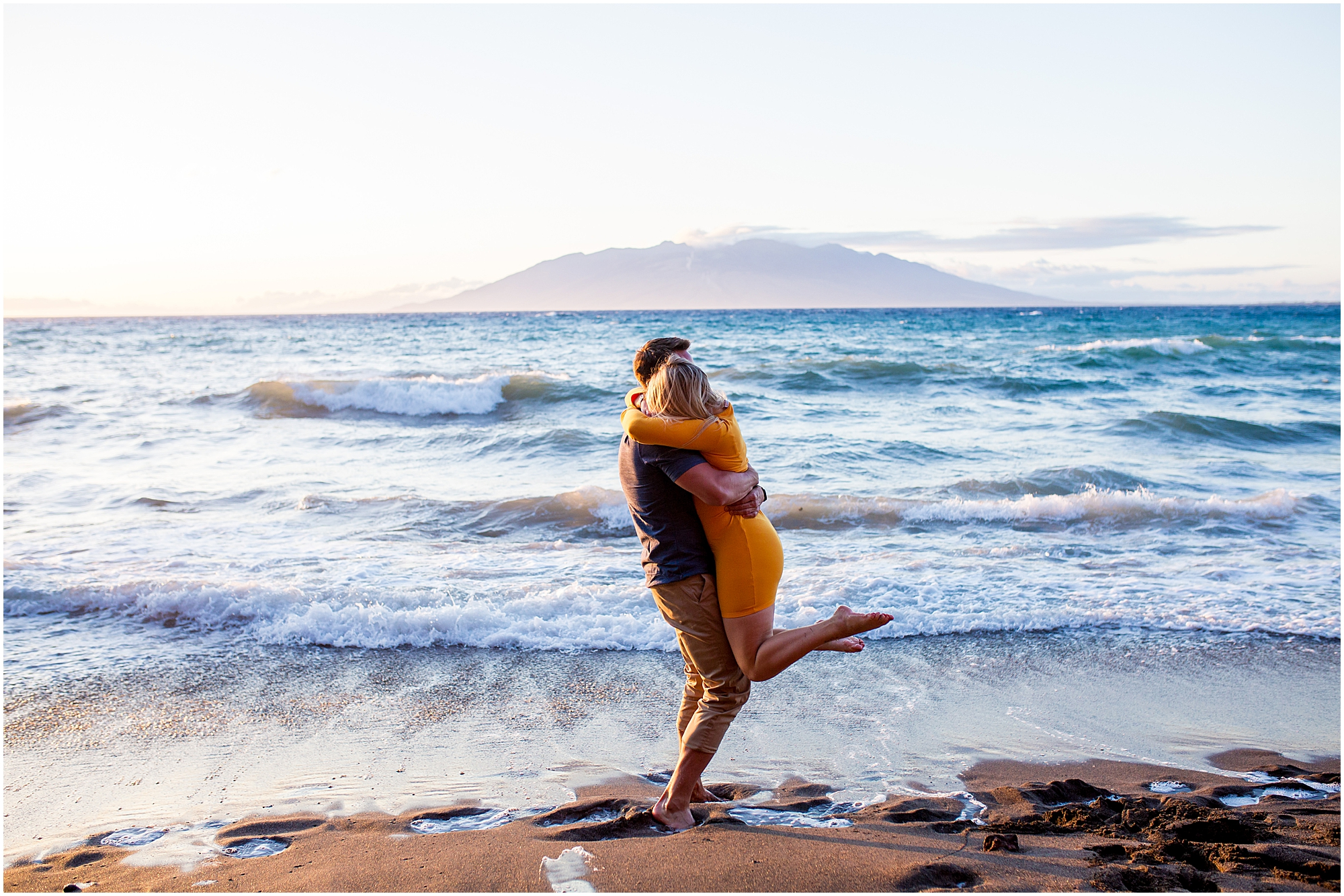 engagement session in Wailea, Maui