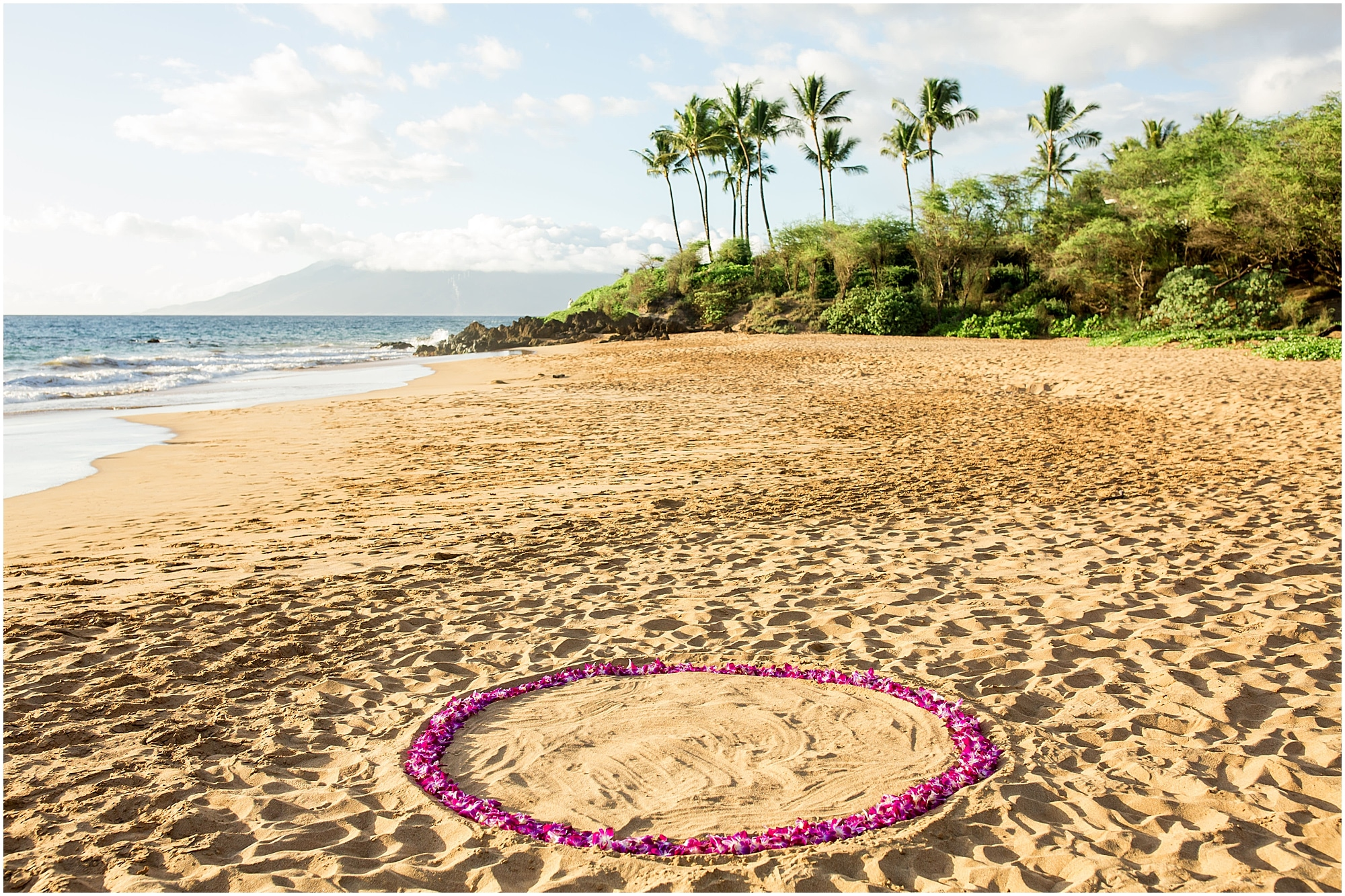 Proposal ideas | Proposal pictures | Beach proposal | Beach proposal ideas | Proposal | Hawaii proposal | Maui Proposal | Maui proposal ideas | Hawaii Engagement Photographer | Maui Engagement Photographer | Engaged on Maui