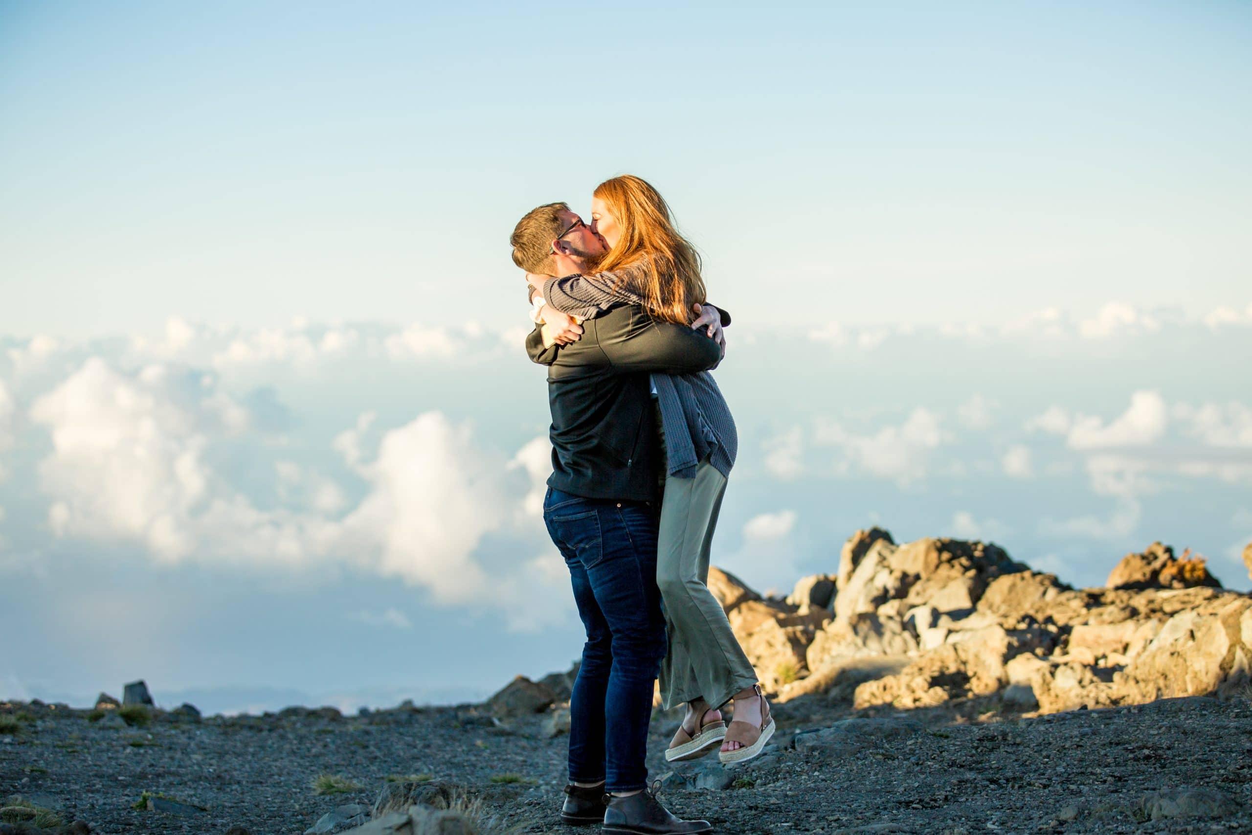 Proposal ideas | How to plan a proposal | Proposal pictures | Beach proposal | Beach proposal ideas | Proposal | Hawaii proposal | Maui Proposal | Maui proposal ideas | Hawaii Engagement Photographer | Maui Engagement Photographer | Engaged on Maui
